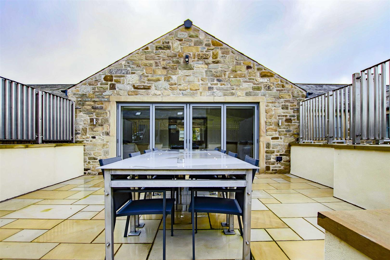 7 Bedroom Detached House For Sale - Image 45